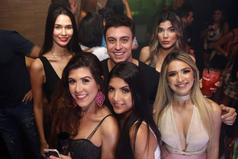 Ariane Oliveira, Yana Montenegro, DJ Flar, Luana Dafne, Ari Pontes e Carla Rocha