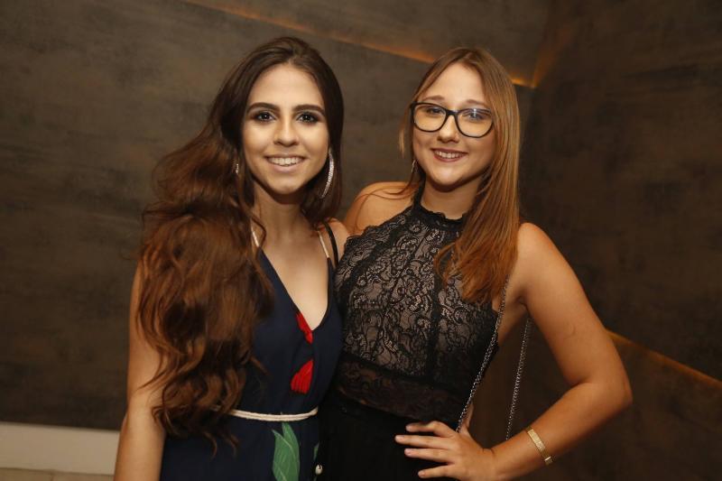 Bruna Araujo e Lara Medeiros