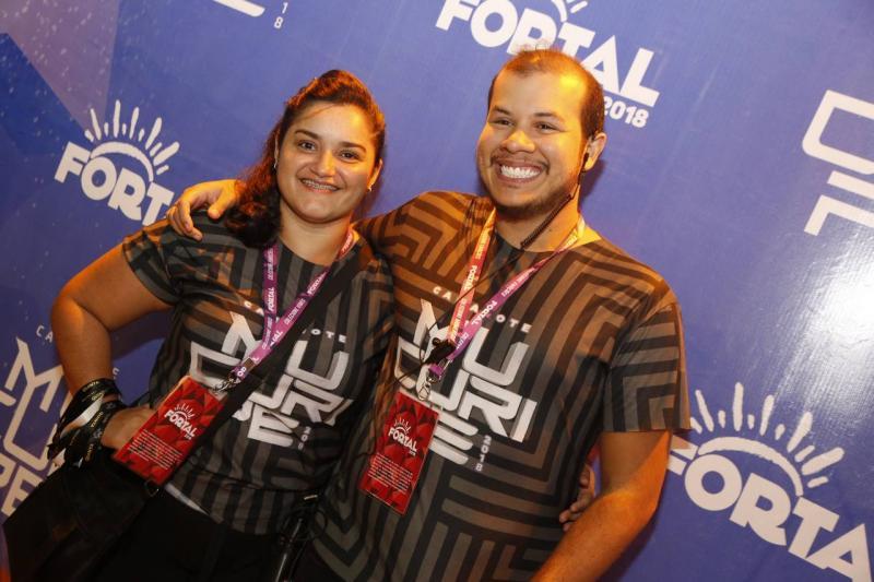 Nayara Castro e Pedro Aryell
