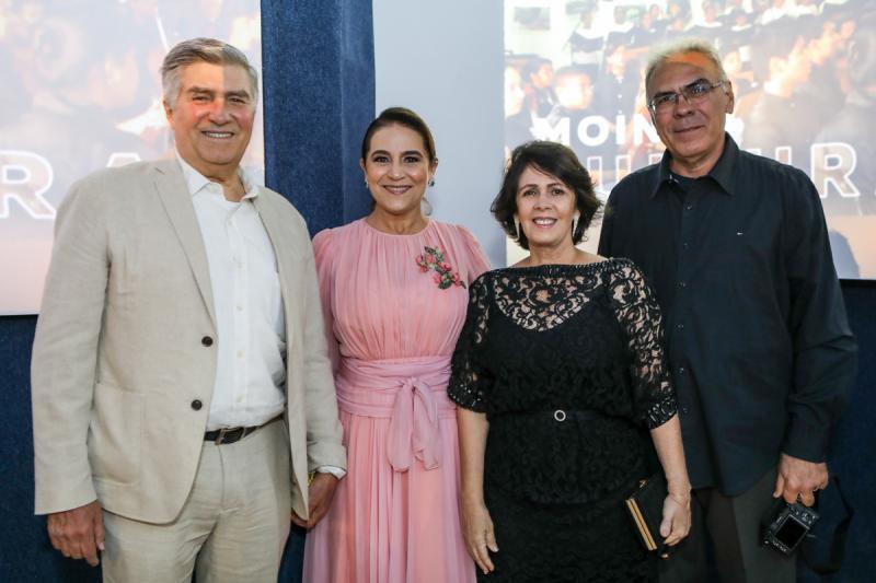 Amarilio e Patricia Macedo, Nelma e Esdras Guimaraes