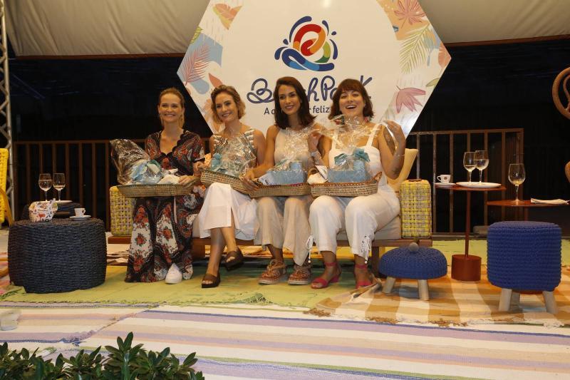 Fernanda Rodrigues, Shirley Hilgert, Helen Ramos e Ingrid Machado 3