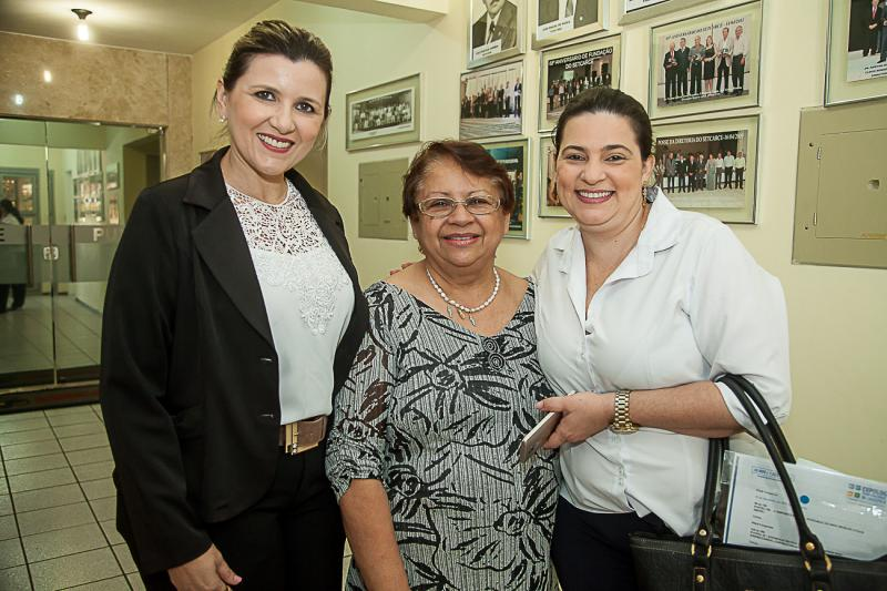 Elisangela Colares, Gloria Ribeiro e Flavia Costa
