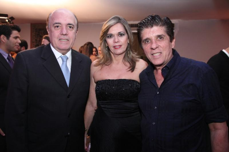 Fernando e Cristiana Esteves e Dito Machado