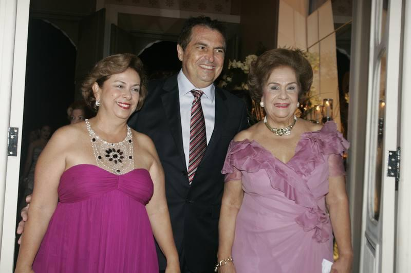 Alfredo Gurjao com Julia e Beatriz Philomeno