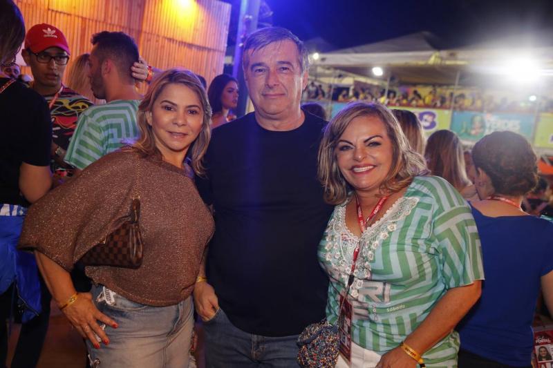 Netinha, Silvano e Thea Moreira
