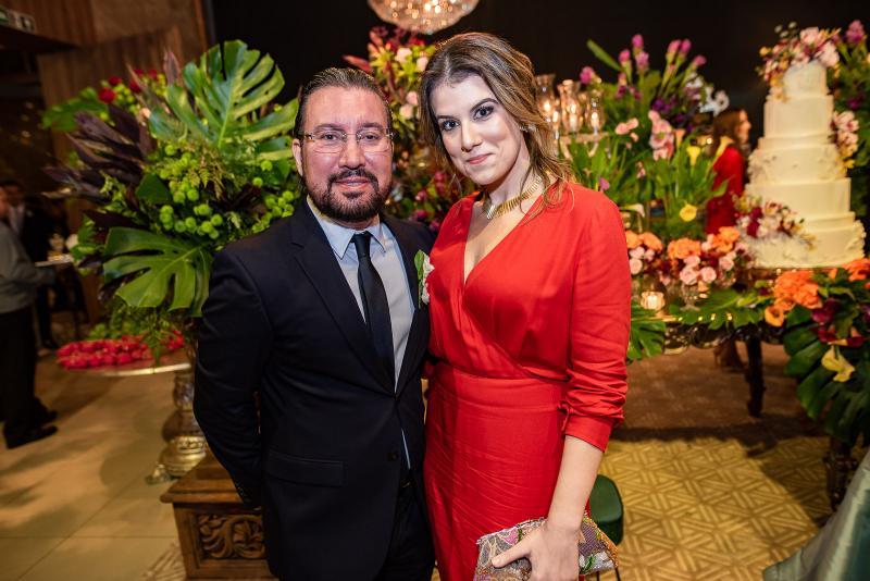 Jarbas Filho e Camila Sarmento