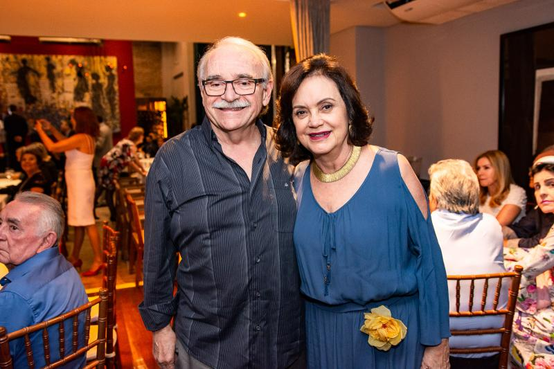 Ednilton e Leninha Soarez