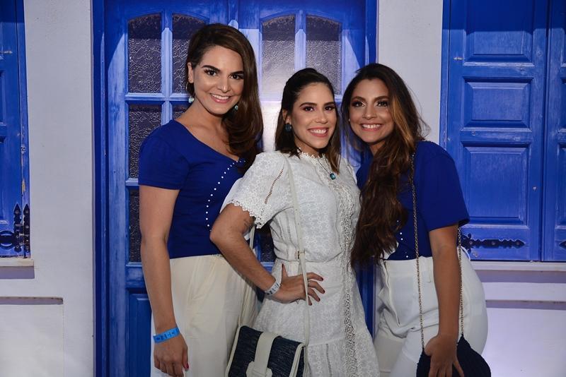 Carol Guts, Deniara Soares e Livia Cabral