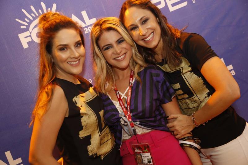 Natalia Marques, Kamila Melo e Larissa Coelho 1