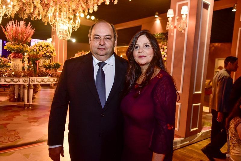 Jeser e Romenia de Oliveira