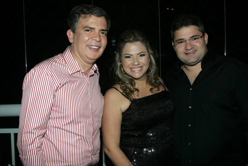 Costa Neto, Vanessa e Mario Queiros