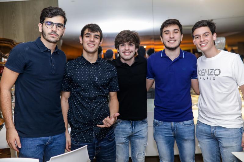 Lucca Naspoline, Thiago Barreto, Odecio Thomaz, Davi Moura e Miguel Freitas