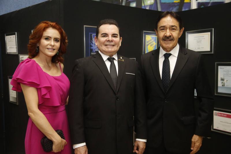Fatima e Walker Santiago e Raimundo Gomes de Matos