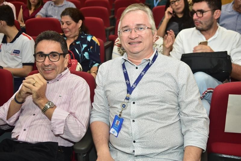 Airton Goncalves, Carlos Viana