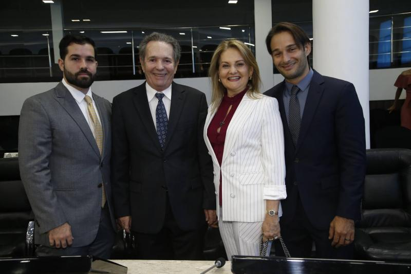 Felipe, Claudio, Lenise e Claudinho Rocha