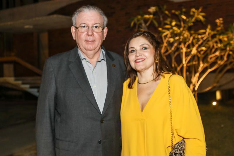 Ricardo e Rosangela Cavalcante
