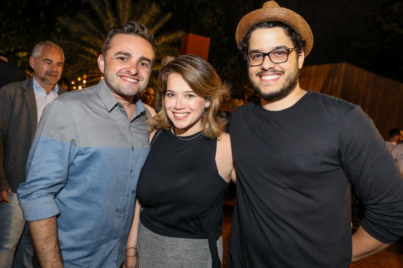 Ramiro Mendes, Anik Mourao e Kadeh Juaçaba