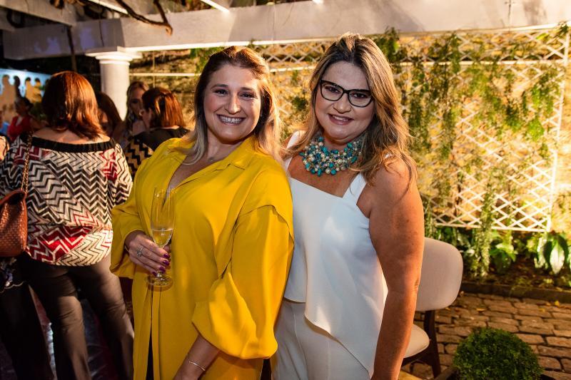 Karina Bezerra e Ana Pinheiro