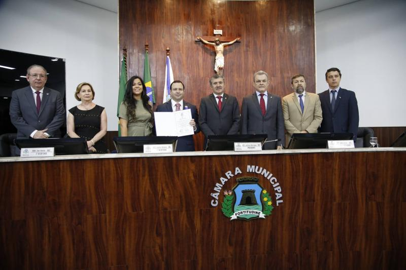 Ricardo Cavalcante, Fatima Veras, Priscila Costa, Igor Barroso, Antonio Henrique, Jose Sarto, Elcio Batista e Andre Siqueira 1