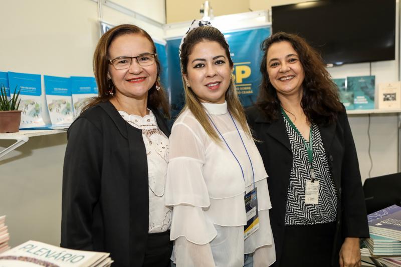 Tania Pinho, Amanda Santos e Nazare Magalhaes