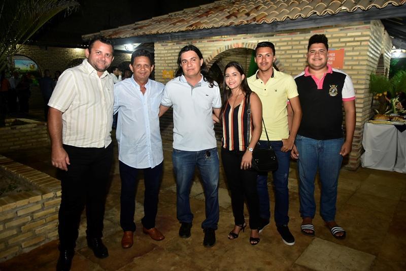 Valdir Garcia, Joao Taxista, Leonardo do Uruau, Nayla Florencio, Leandro Soares, Nasson Brito