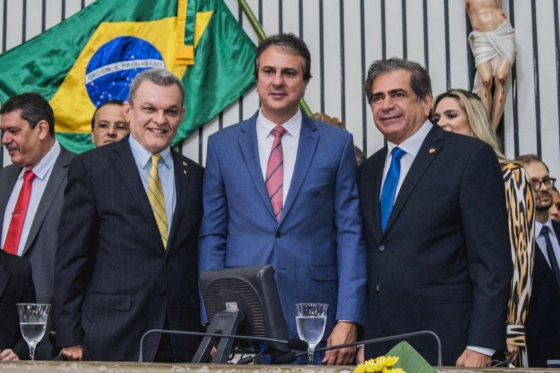 José Sarto é eleito presidente da Assembleia Legislativa em concorrida solenidade de posse dos 46 deputados estaduais cearenses