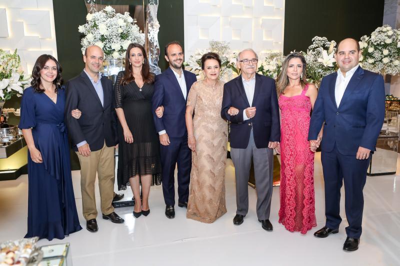 Veridiana, Henrique, Carolina, Felipe, Leninha, Ednilton, Patricia e Guilherme Soares