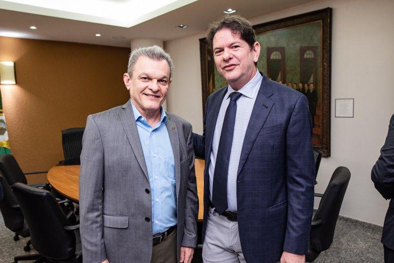 os caminhos da educação - Assembleia Legislativa do Ceará discute a redução de recursos do Governo Federal na educação