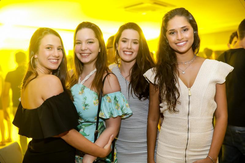 Julia Ferreira, Giovana Diogenes, Mariana Sanford e Carolina Torquato