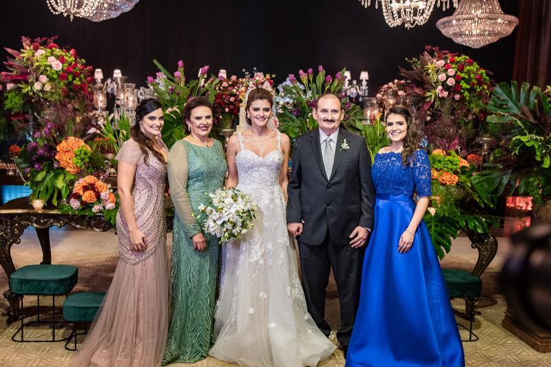 Marilia, Valeria Gomes, e Isabele Studart e Franze e Marina Gomes
