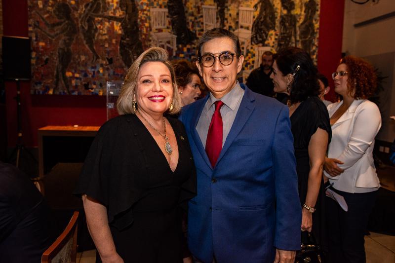 Fernanda Carapeba Jensen e Javier Yugar