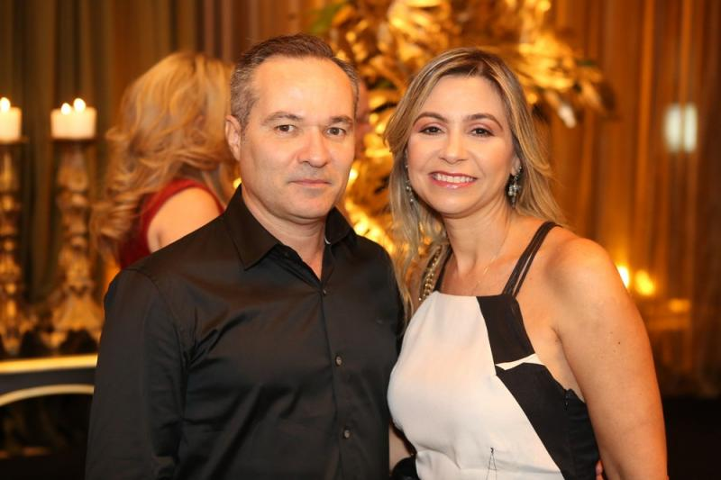 Henrique e Roberta Fialho