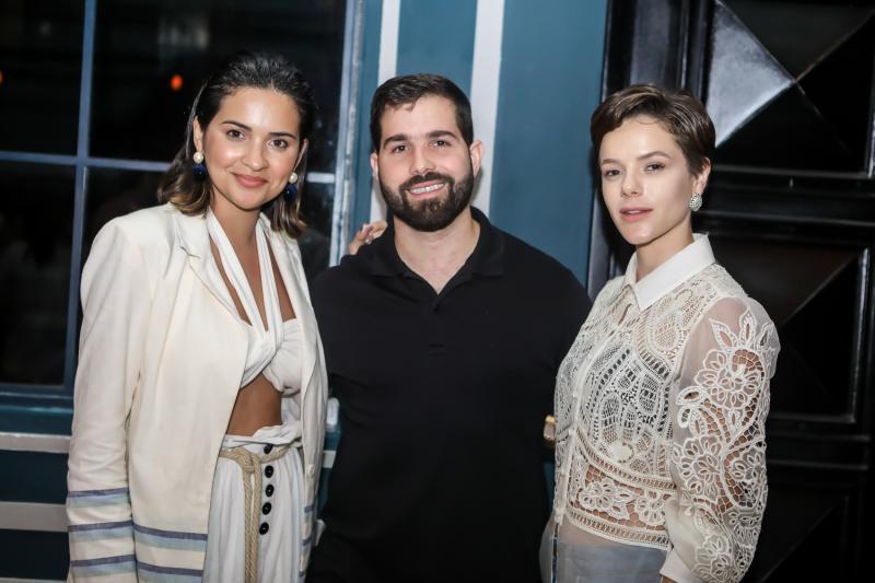 Rebeka Guerra, Felipe Rocha e Paula Sampaio
