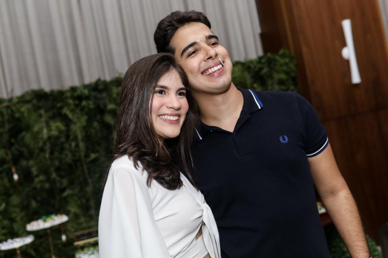 Vitoria Gentil e Davi Teixeira