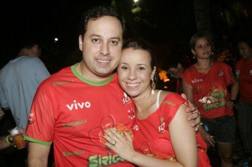Sandro Camilo e Carol Farias