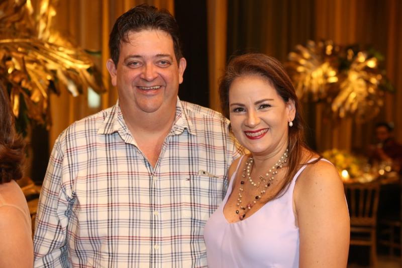 Nelson e Cinthya Machado