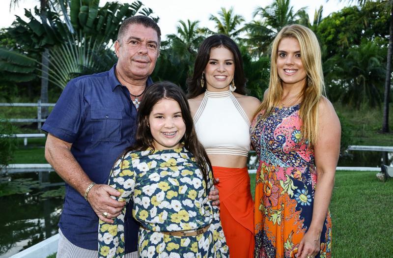 Ricardo, Lais, Leticia e Leticia Studart
