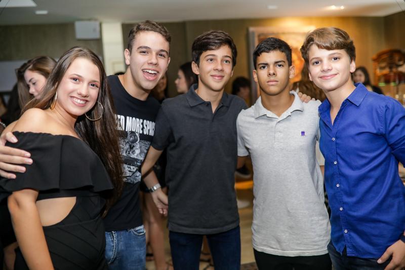 Julia Ferreira, Igor Fontenele, Henrique Montezuma, Germano Marques e Eduardo Benevides
