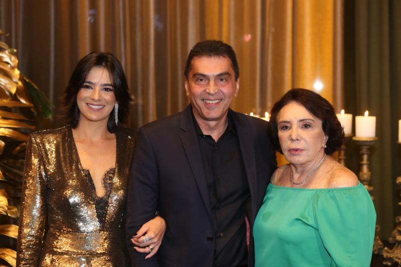Maryana, Idezio e Luisa Rolim