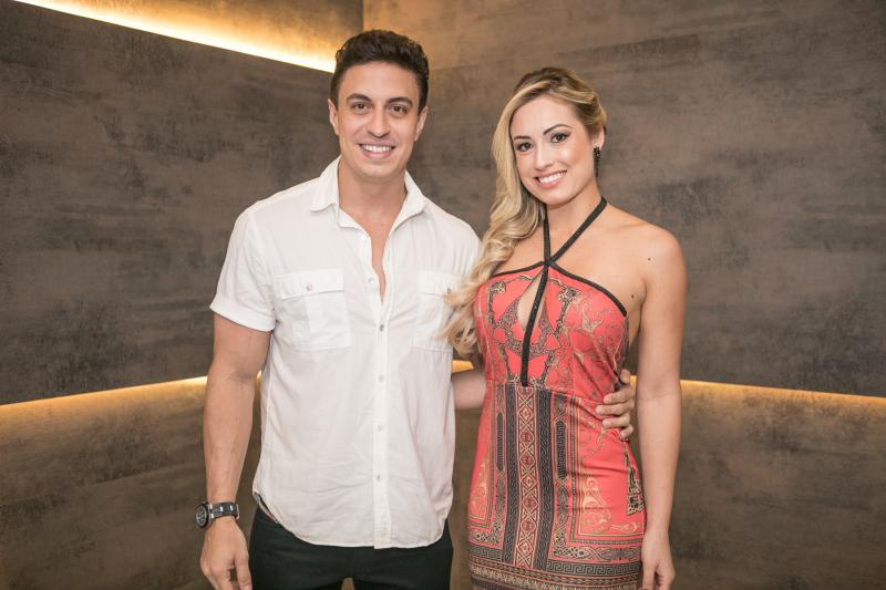Flavio Ribeiro e Jessica Muller