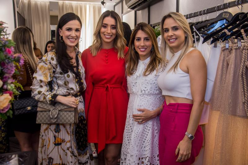 Giuliana Botelho, Nathalia Ximenes, Tayra Romcy e Ingrid Gurgel