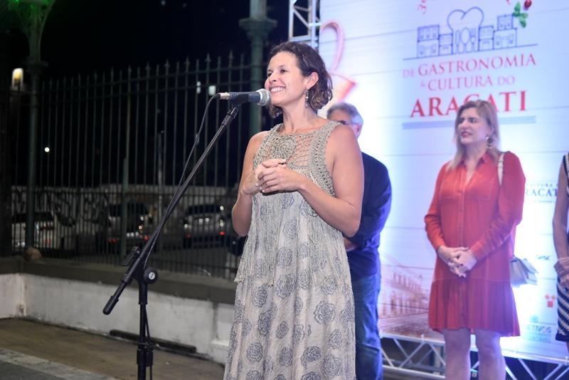 Denise Pontes