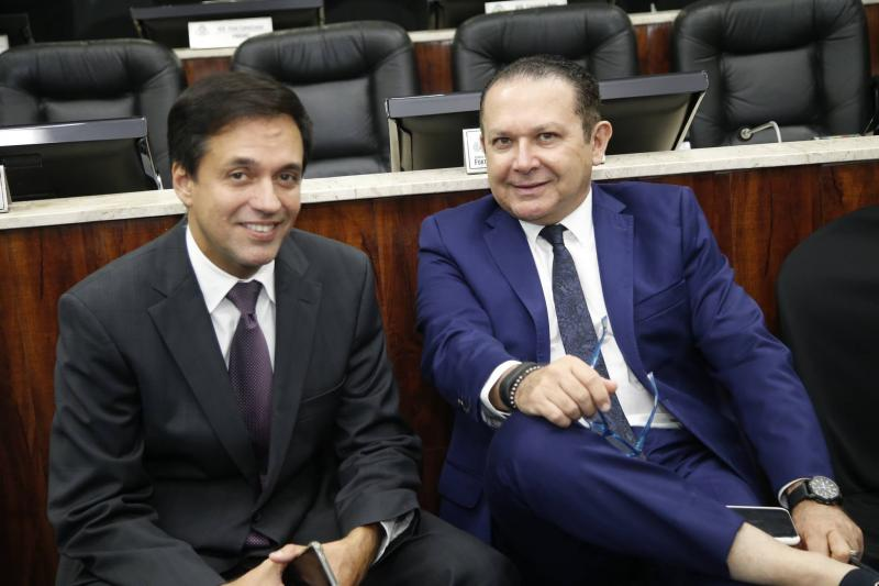 Fernando Novaes e Max Bezerra