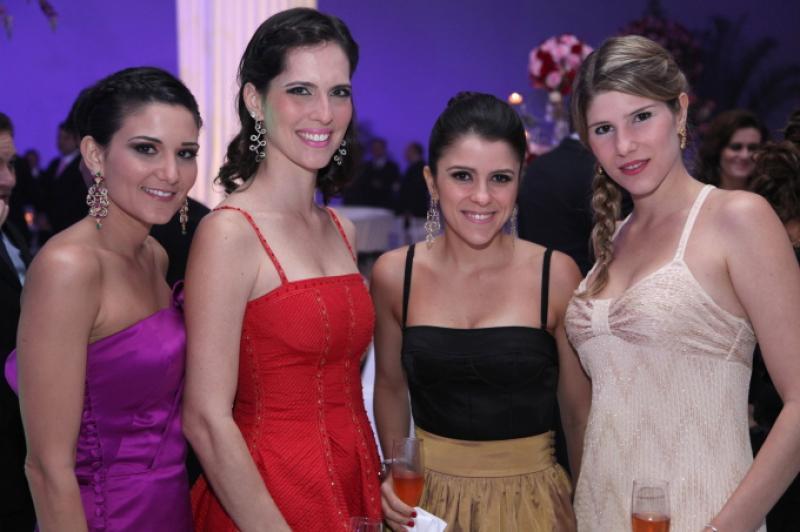 Aline Pinho, Marcela Porto, Tatiana e Uliana Machado
