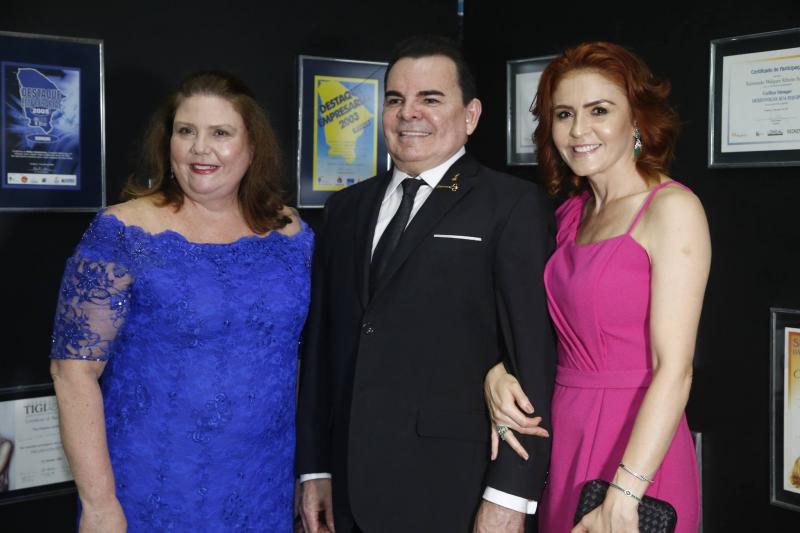 Fernanda Pessoa, Walker e Fatima Santiago