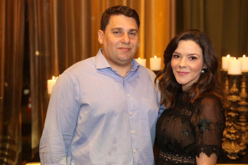 Daniel Negreiros e Carolina Sampaio