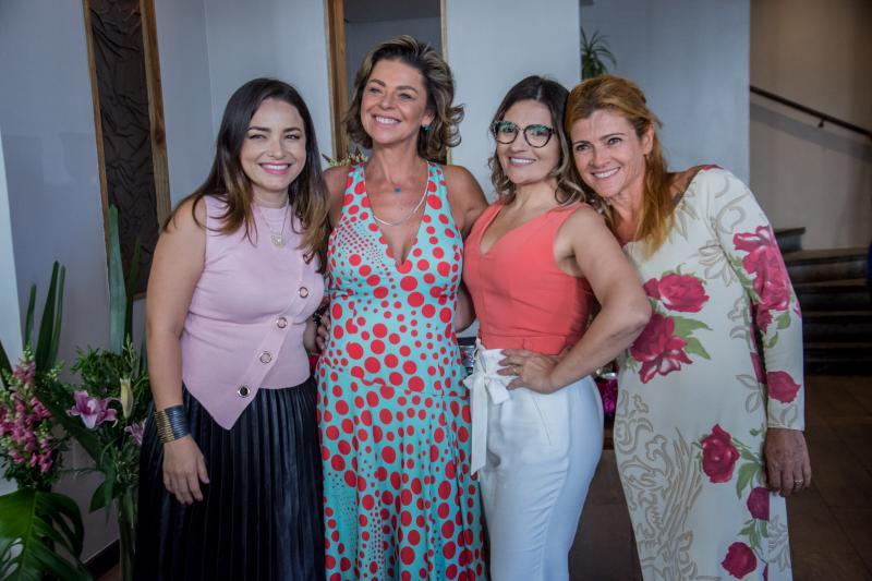 Cristiane Vaz, Ana Cristina Wolf, Edineide Pinheiro e Debi Benedetto