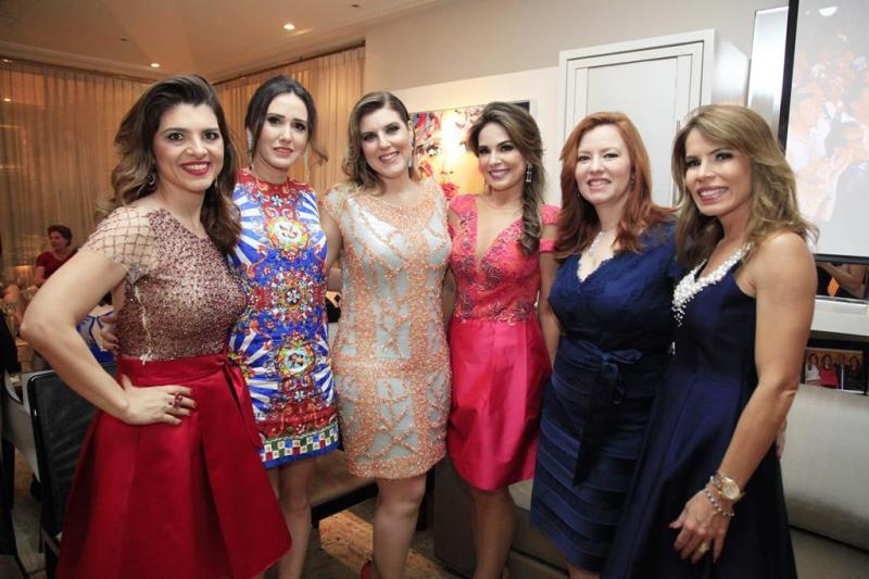 Rilka Bezerra, Roberta Nogueira, Carla Pereira, Eveline Fujita, Aline Barroso e Maira Silva