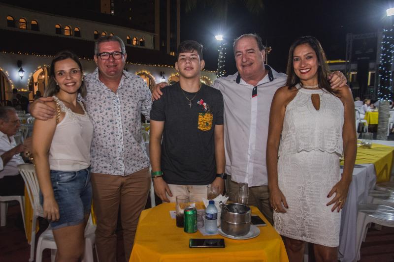 Socorro Azevedo, Italo Reno Benevides, Joao Lucas, Ricardo Barbosa e Tatiana Oliveira