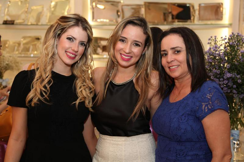 Raquel Macêdo, Vladia Borela e  Regina Célia